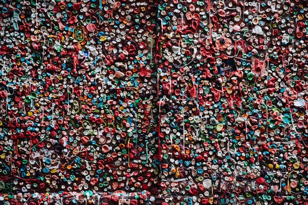 Les gommes à mâcher – campagne « Flushe » pas tes ordures