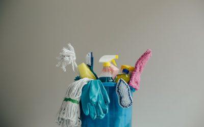 Les produits d'entretien ménager – campagne « Flushe » pas tes ordures